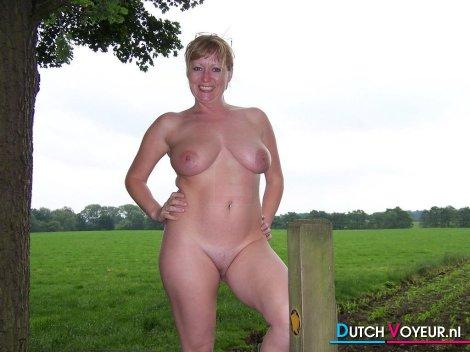 The discreet erotic rookie .. : D