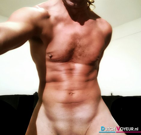 MUSCLE NAKED 31082014.1