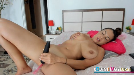 Big Natural Tits Babe on Sizzling Hot Pussy Play