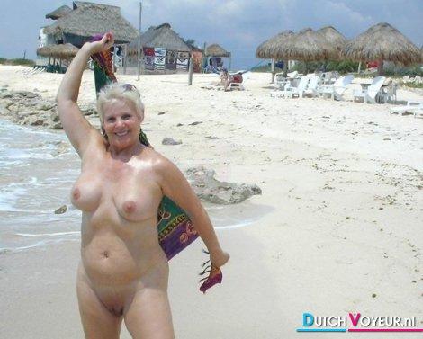 Plump Mature Female Nude